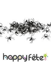 Bagues araignées noires en plastique