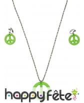 Boucles d'oreilles et collier vert peace and love