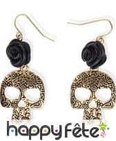 Boucles d'oreilles squelette doré et rose noire