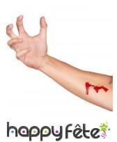 Blessure en tatouage et faux sang, image 2