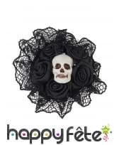 Bague fleure noire en dentelle et crâne