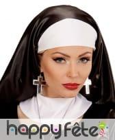 Boucles oreilles croix argentées noires