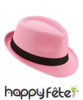 Borsalino rose avec ruban noir