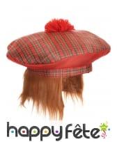Beret tartan écossais avec cheveux