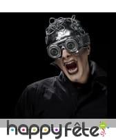 Casque avec lunettes futuriste