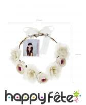 Couronne blanche de fleurs, image 2