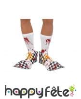 Couvre-chaussures de clown ensanglantées