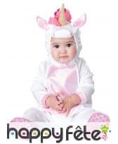 Combinaison de bébé licorne avec capuche