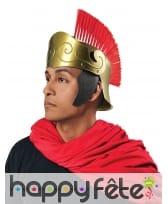 Casque de guerrier romain doré avec crête rouge