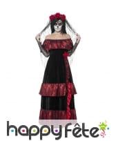 Costume de mariée du jour des morts