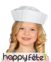 Coiffe de petit mousse blanc pour enfant
