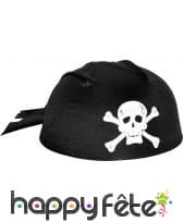 Coiffe de pirate avec tête de mort