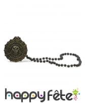 Collier de perles noires avec pendentif pirate