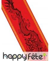 Chemin de table rouge imprimé dragon, image 1