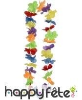 Collier hawaïen avec fleurs