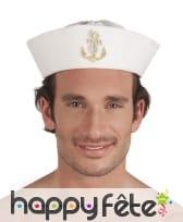 Chapeau marin blanc avec ancre dorée