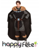 Costume noir de prince médiéval