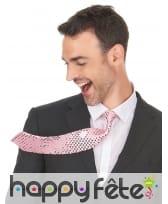 Cravate rose recouverte de sequins