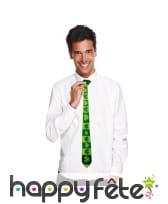 Cravate St Patrick décorée de trèfles