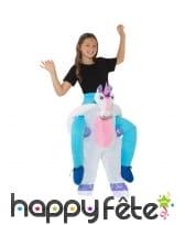 Déguisement à dos de licorne pour enfant