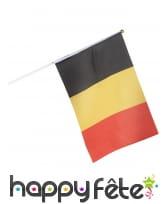 Drapeau Belgique de 35 X 45 cm sur tige