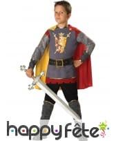 Déguisement enfant chevalier avec cape