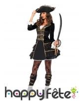 Elegant costume de capitaine femme pirate or noir