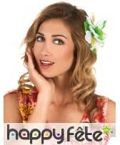 Fleur blanche style hawai sur barrette à cheveux