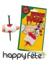 Faux clou dans le doigt avec bandage, image 1