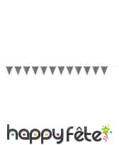 Guirlande de fanions noirs à pois blancs, image 1