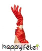Gants rouges courts avec petit noeud, ouverts
