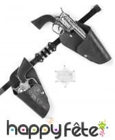 Kit de revolvers argentés de cowboy, en plastique