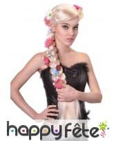 Longue perruque blonde avec large tresse fleurie