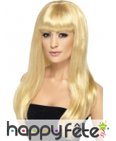 Longue perruque blonde de bimbo