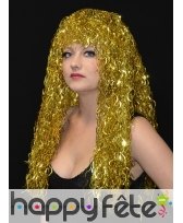 Longue perruque frisée or, disco