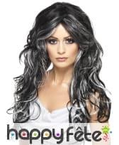 Longue perruque gothique noire et blanche ondulée