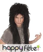 Longue perruque noire de rocker punk