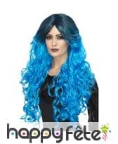 Longue perruque ondulée bleu électrique gothique