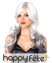 Longue perruque ondulée dégradée grise