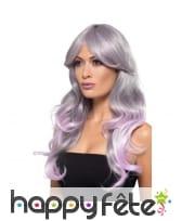 Longue perruque teintes de bleu rose, ondulée