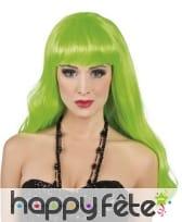 Longue perruque vert fluo ondulée à frange