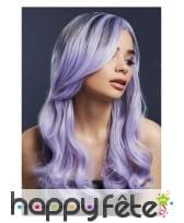 Longue perruque violette ondulée et racines noires