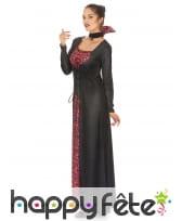 Longue robe de femme vampire imprimé têtes de mort, image 1