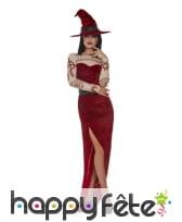 Longue robe de sorcière rouge échancrée