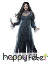 Longue robe de spectre pour femme