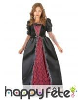 Large robe noire et rouge de petite vampiresse