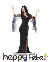 Longue robe noire d'immortelle