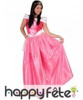 Longue robe rose de princesse pour femme
