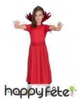 Longue robe rouge de petite diablesse