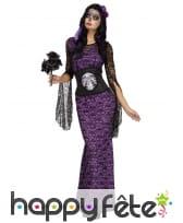 Longue robe violette de lady calavera
